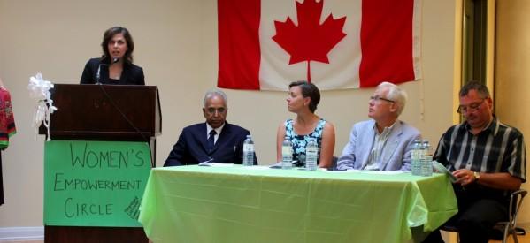 """بالصور: المرشحة """"غادة ملك"""" تشارك وزراء واعضاء برلمان في مؤتمر للمرأة بكندا"""