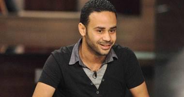 محمود بدر يهاجم منتقديه بألفاظ خارجه