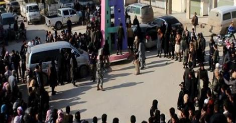 كارثة .. داعش تعدم 13 طفل لمشاهدتهم مباراة كرة قدم
