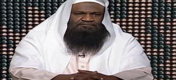 تصريح مثير للجدل..إمام الحرم المكي: يكفي السعودية أننا لا نسمع بها أجراس الكنائس