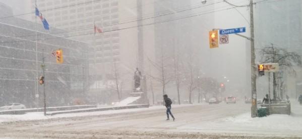 تحذيرات بعواصف ثلجية علي تورنتو وما حولها في الساعات القادمة
