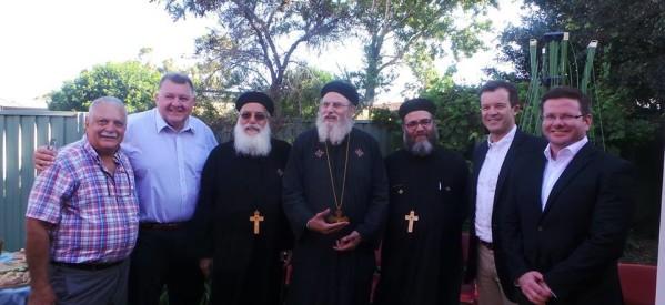 بالصور..فرحة أقباط سيدنى بوقف هدم أول كنيسة قبطية مؤقتاً بحضور  وزير الاثار