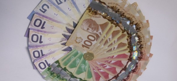 الحد الادني للاجور في أونتاريو يرتفع الي ١١٫٤٠ دولار للساعة