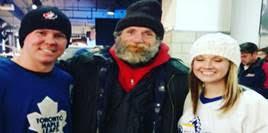"""هدية وصورة علي """"الفيس بوك"""" في تورنتو تُعيد فرد للحياة في نوفا سكوتشيا"""