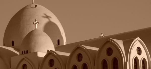 تقرير للإحصاء : الكنائس والأديرة الموجود تكفي لـ ربع سكان مصر !