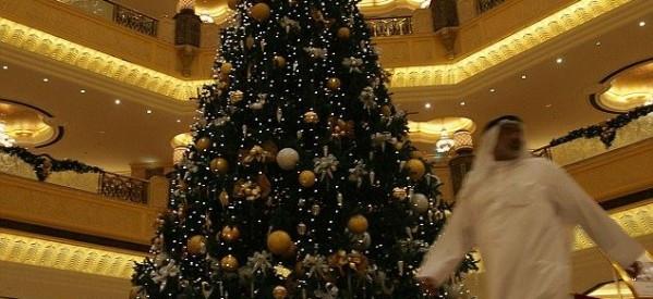 أشرف حلمي يكتب: الكريسماس بين كوكب الإمارات وأرض المحروسة