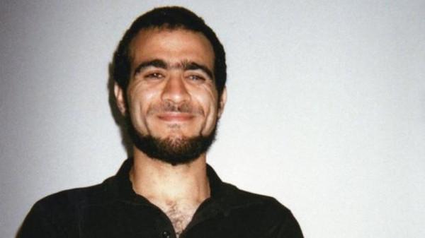 """أرملة الرقيب الذي قُتل بسبب """"عمر خضر"""" تُطالب بالأموال التي ستدفعها له حكومة """"ترودو"""""""