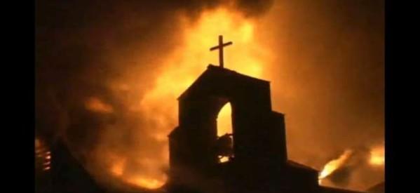"""حريق متعمد بكنيسة بـ """"بيرلنجتون"""" بكندا والشرطة تواصل التحقيقات"""