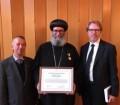 أشرف حلمي: أكاديمية القديس إغناطيوس اللاهوتية بالسويد تمنح الانبا سوريال وسام القديس