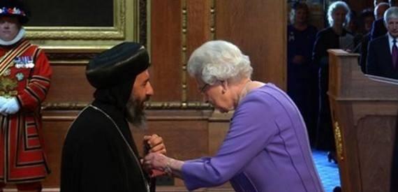 الانبا أنجيلوس الاسقف العام بالمملكة المتحدة رئيساً جديداً لجمعية الكتاب المقدس العالمية
