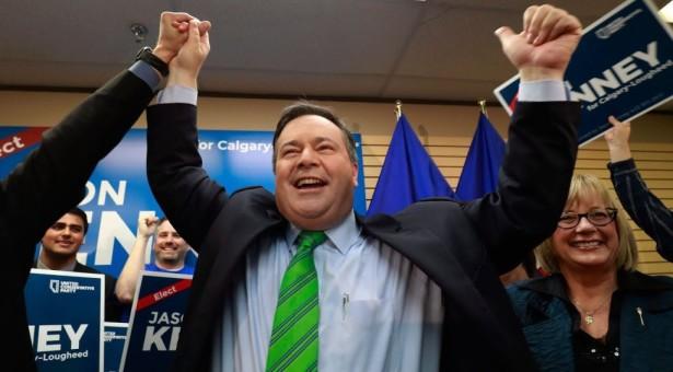 """البرتا زرقاء.. المحافظين المتحد برئاسة """"كيني"""" يُشكل حكومة أغلبية وهزيمة ساحقة للـ NDP"""