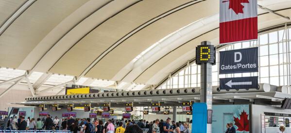 استمرار وصول مصابين كورونا على متن الرحلات الجوية لكندا وتشديد الإجراءات الوقائية