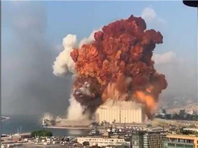 شاهد بالفيديو..إنفجار مرعب في لبنان منذ دقائق سُمع دوية في قبرص