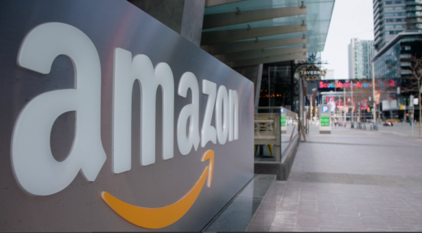 شركة أمازون كندا ستعين 15 ألف موظف جديد في جميع أنحاء كندا