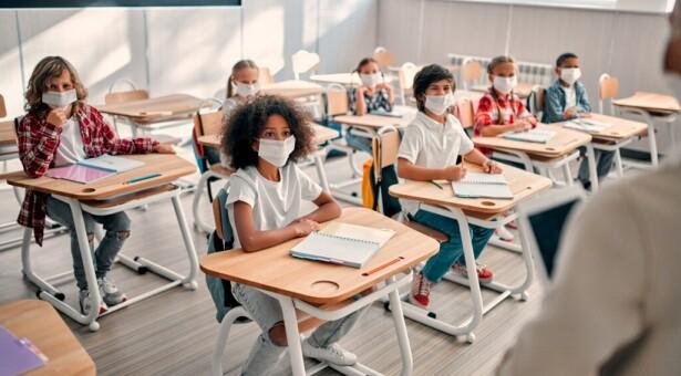 مدارس أونتاريو تسجل 189 إصابة بكورونا بعد ايام من بدء الدراسة واغلاق لمدرسة واحدة